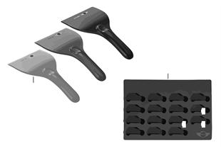 Essentials-Ice scraper/Cube form 2011/12